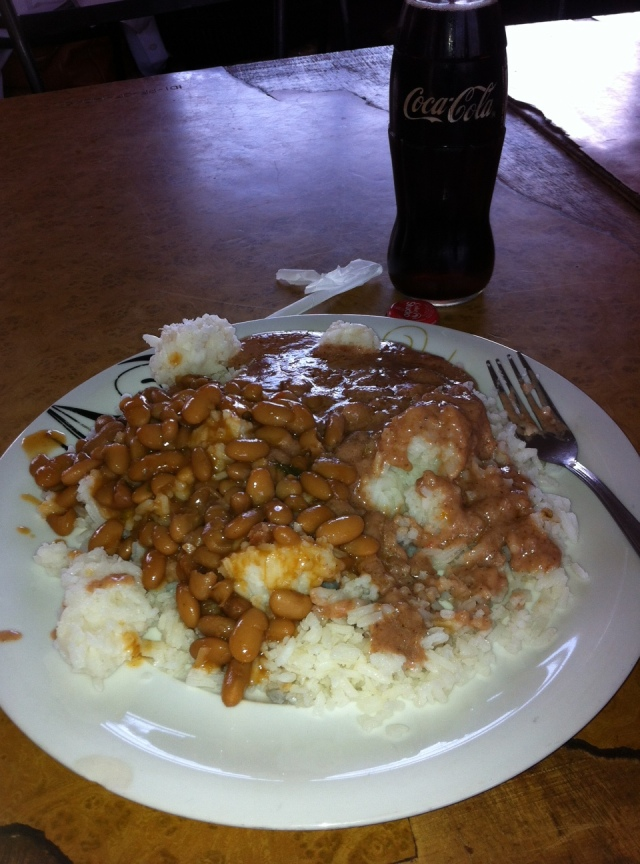 Patrick and I had a delicious lunch of Beans and G-Nut Sauce over Rice (G-Nuts are small nuts like peanuts that are gound up and made into a smooth sauce.  It has a slight peanut butter taste and is really yummy!)